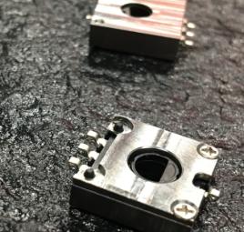 点击了解树脂膜电位器-SOL